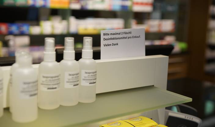 Die Nachfrage nach Desinfektionsmittel ist nach wie vor gross.