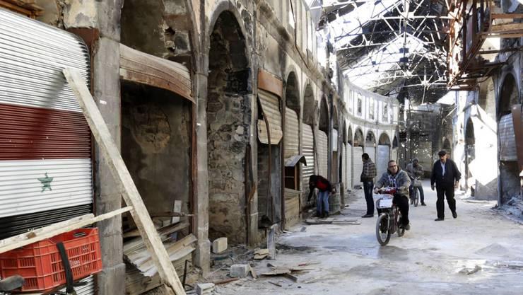 Zerstörte Einkaufspassage in Homs, Syrien (Archiv)