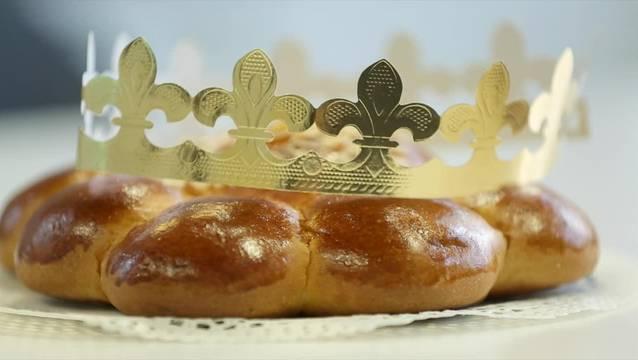 Ein Kranz aus Hefeteig: der Dreikönigskuchen.