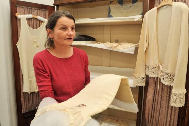 Madeleine Girard, die Verantwortliche der Inventarisierung.
