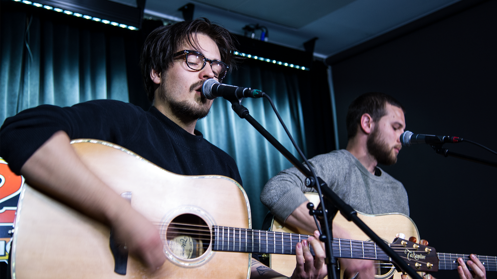 #stage24 Milky Chance: Interview und Live-Song