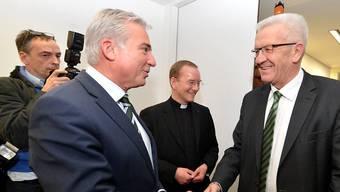 Haben sich geeinigt: Baden Württembergs CDU-Chef Thomas Strobl (links) und der Grüne Winfried Kretschmann (rechts). (Archiv)