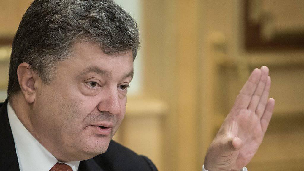 Präsident Poroschenko reagierte auf Kritik und nahm einige Medienschaffende von der Sanktionsliste wieder weg
