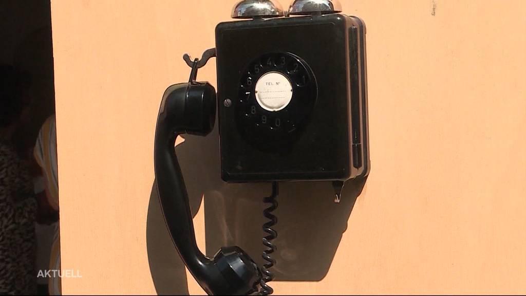Zofingen: Rätselhaftes Telefon mitten in der Altstadt