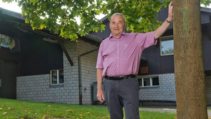 Seit dem Bau hat sich Peter Schild mit Umsicht und Herzblut ums Pfadiheim am Bollberg gekümmert, jetzt wurde er zum Ehrenpräsidenten ernannt.