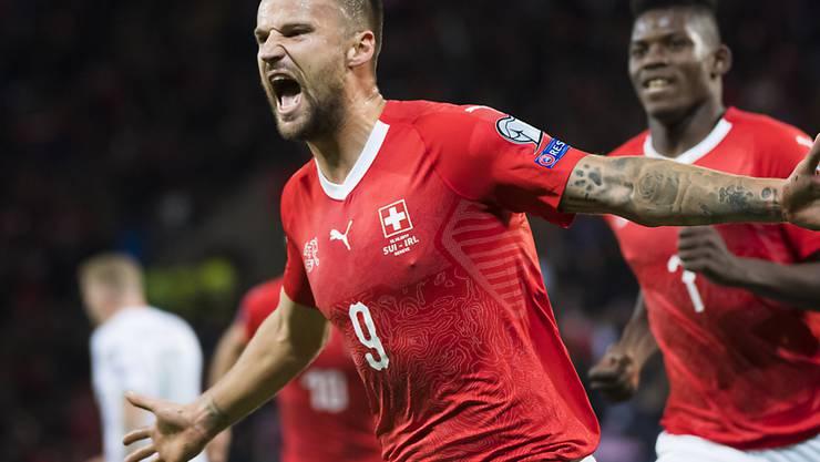 Haris Seferovic jubelt nach dem Führungstreffer zum 1:0