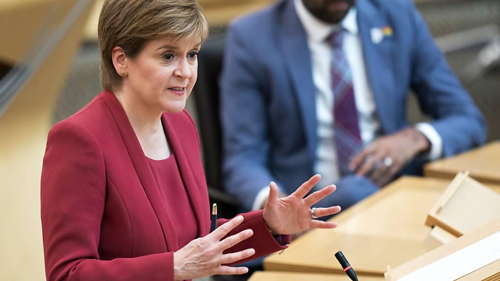 Auch Schottland wird weitere Corona-Lockerungen wohl verschieben