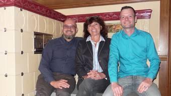 In der Buurestube des Sternen: Gastgeber Michael Kunz (links), Eigentümerin Lydia Schürmann und Koch Mathias Kunz.