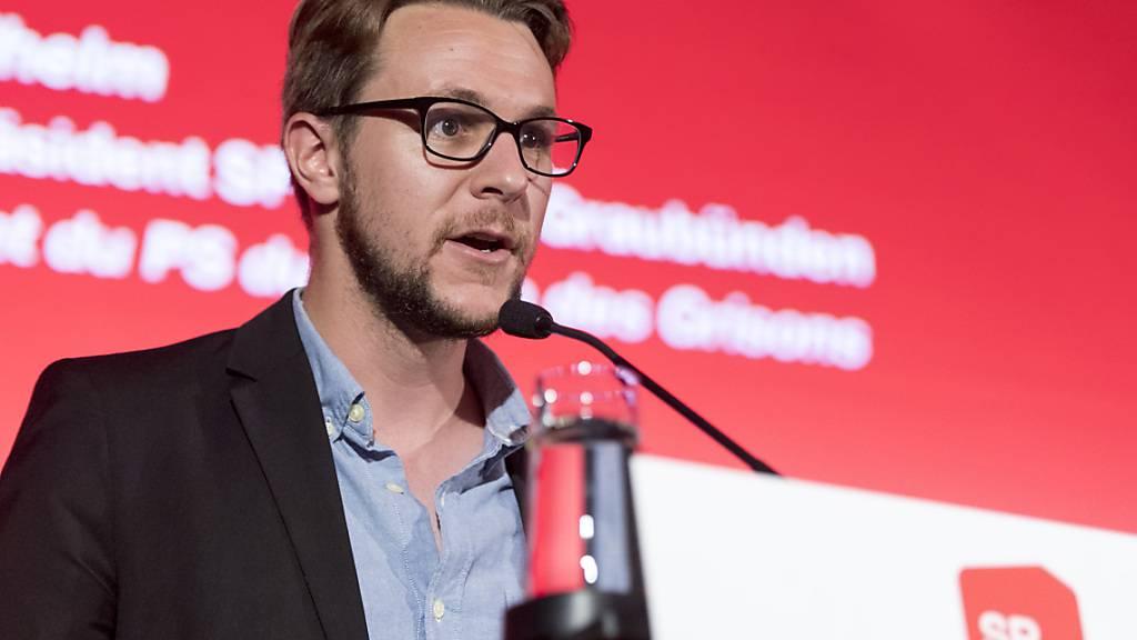 Der Davoser Philipp Wilhelm gibt das Präsidium der SP Graubünden ab, weil er zum neuen Davoser Landammann gewählt wurde (Archivbild).