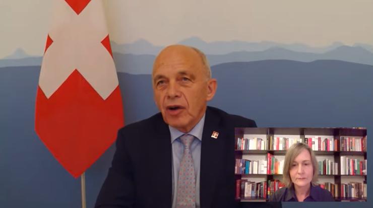 Ueli Maurer kritisierte bei «SVP bi de Lüt» online, die Konzern-Initiative wolle Schweizer Recht auf der ganzen Welt anwenden.