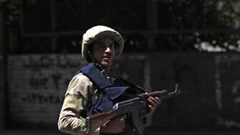 Ein ägyptischer Soldat hält Wache (Symbolbild)