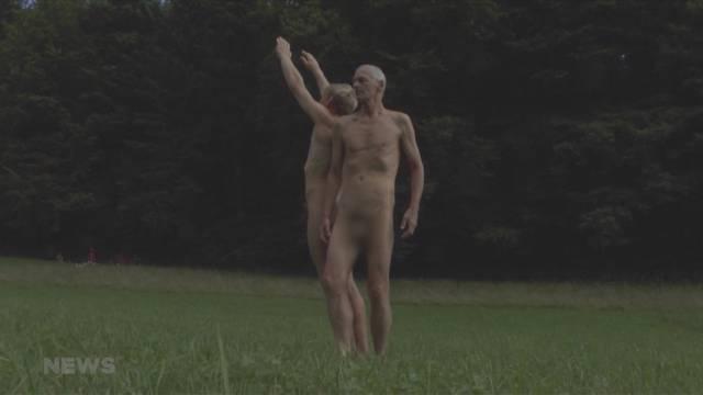 Gebüsste Nacktkünstler: Wann hört die Kunst auf?