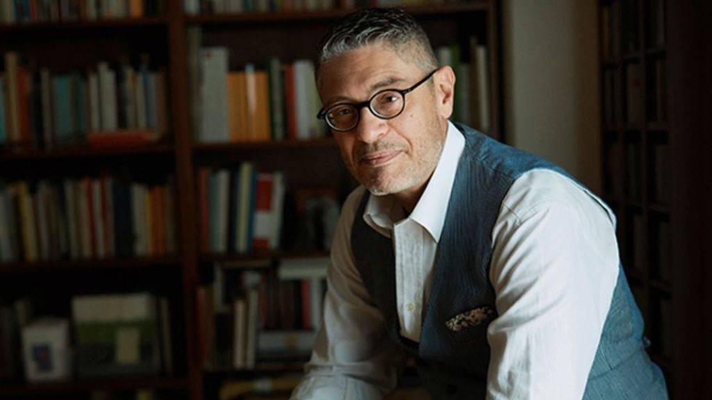 Fabiano Alborghetti setzt mit seinem Buch «Maiser» den italienischen Landarbeitern ein literarisches Denkmal, die mittellos in die Schweiz kamen und sich hier eine Existenz aufgebaut haben. «Maiser» bedeutet übrigens soviel wie «Maismann» oder «Polentafresser».