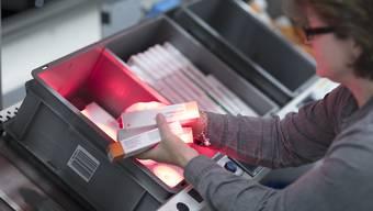 Der Arznei-Versandhändler DocMorris des Schweizer Mutterkonzerns Zur Rose will in Deutschland neue Apothekenautomaten aufstellen. (Symbolbild)