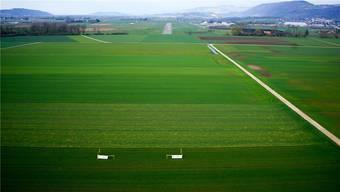 450 Meter weiter soll die Piste künftig in die Witi ragen. Die Perspektive dieser Drohnenfoto lässt die über einen Kilometer lange Piste im Hintergrund allerdings sehr klein aussehen.