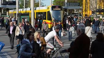 Basel hat es geschafft: Der Kanton zählt wieder mehr als 200'000 Einwohner.