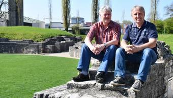 Gemeindeschreiber Stefan Wagner (l.) und Thomas Sigrist engagieren sich für eine Aufwertung des Zapfenstreichs. jam
