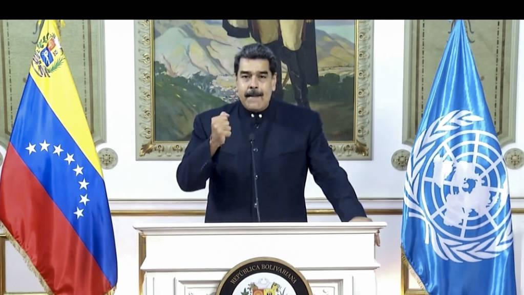 HANDOUT - Dieses von UNTV zur Verfügung gestellte Foto zeigt Nicolas Maduro, Präsident von Venezuela, während einer Aufzeichnung für eine Videobotschaft anlässlich des Beginns der Generaldebatte der 75. UN-Vollversammlung. Foto: Untv/UNTV/AP/dpa - ACHTUNG: Nur zur redaktionellen Verwendung im Zusammenhang mit der aktuellen Berichterstattung und nur mit vollständiger Nennung des vorstehenden Credits
