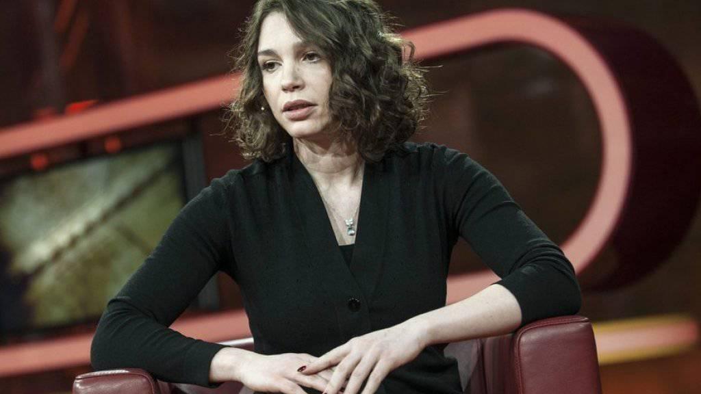 Shanna Nemzowa setzt sich seit dem Tod ihres Vaters für die Medienfreiheit in Russland ein. Dafür wird sie in Genf ausgezeichnet.