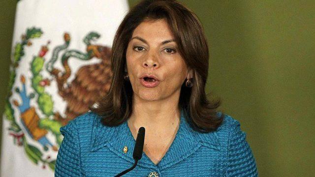 Costa Ricas Präsidentin Laura Chinchilla bei einer Pressekonferenz in Mexiko (Archivbild)
