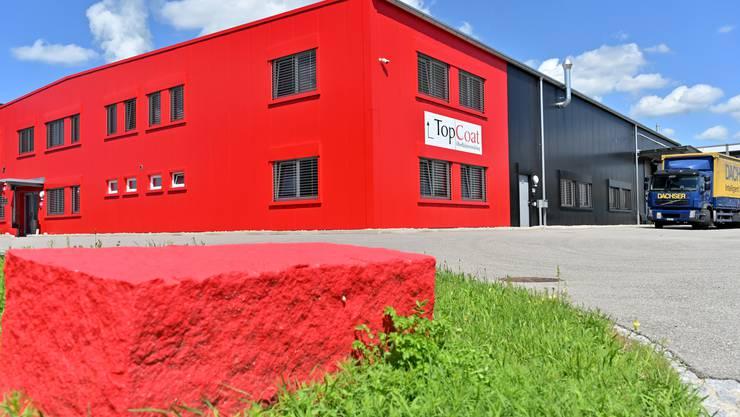 2014 bezog das Unternehmen die neue Halle im sogenannten «Polymer Valley» in Däniken.