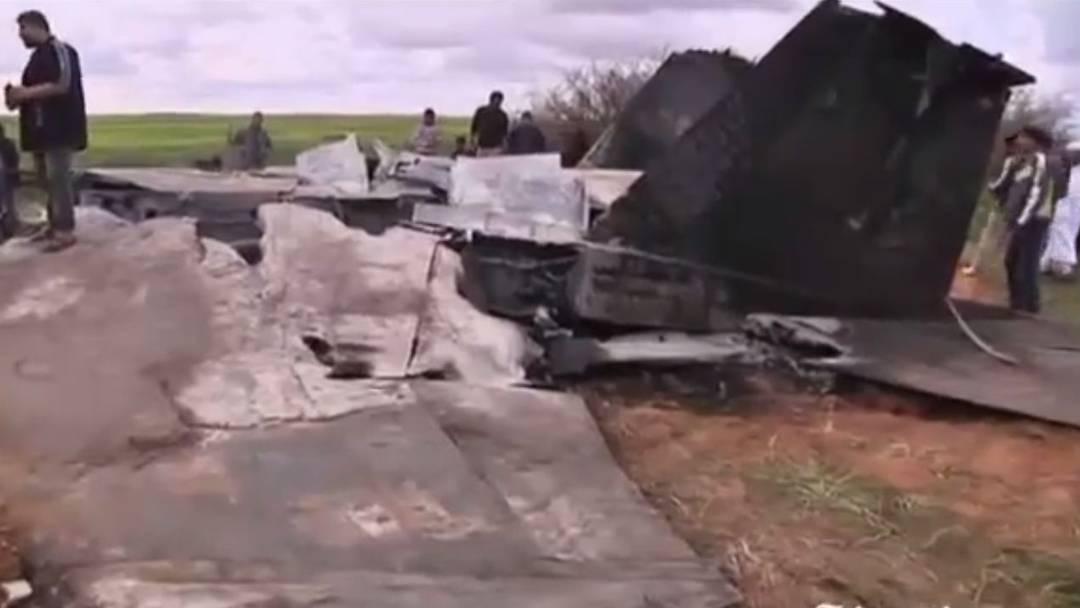 Video zeigt den abgestürzten Kampfjet der US-Streitkräfte bei Bengasi