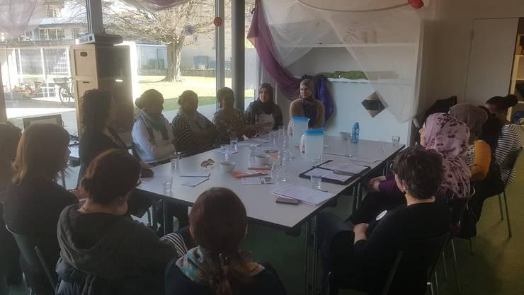Eine spannende Femmes-Tisch Runde fand im Rahmen der Aktionswoche gegen Rassismus im KIJUZU in Solothurn statt.