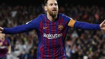 Soeben hat Lionel Messi das Tor erzielt, das dem FC Barcelona einen weiteren Meistertitel sichert