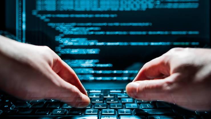 Es ist ein Katz-und-Maus-Spiel: Während Firmen ihre Cyberabwehr aufrüsten, optimieren Hacker ihre Angriffsmethoden.