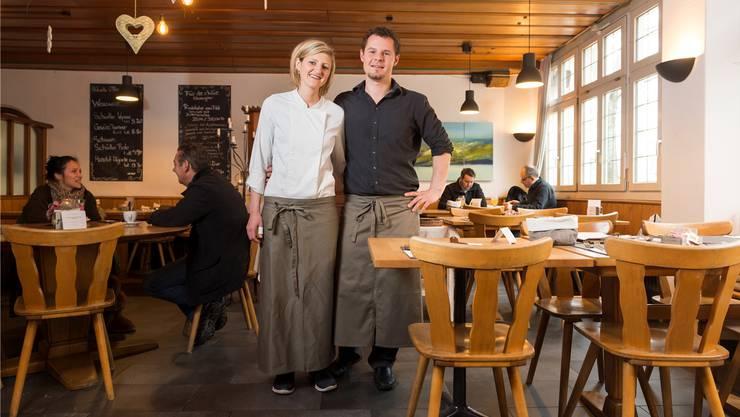 Nadja Schuler und Stephane Wirth haben den Landgasthof zum Hirschen in Villigen im Februar 2013 übernommen. Archiv AZ/ASP