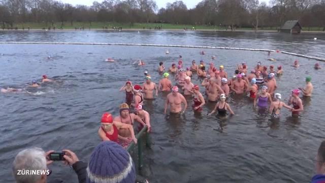 Weihnachtsschwimmen weltweit