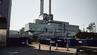 Auf dieser Kehrichtverbrennungsanlage werden rund 60 Bauarbeiter aus Polen ausgebeutet.