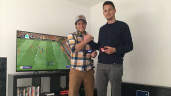 Wer darf im Fifa wohl mit dem FC Liverpool antreten? Blum (links) oder Rüegsegger?