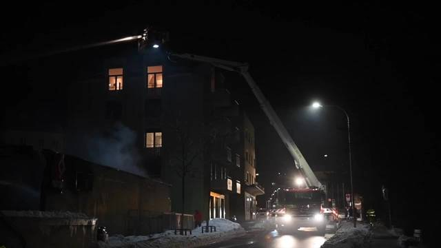 Postauto-Garage in Chur im Vollbrand - Grossaufgebot an Feuerwehren