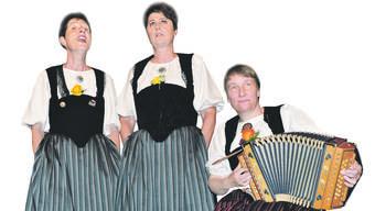 Erika Herren und Beatrice Iseli, am Örgeli begleitet von Iris Antenen.