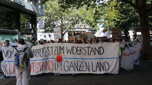 Klima-Alarm: Lautstarke Schüler-Demo in St. Gallen