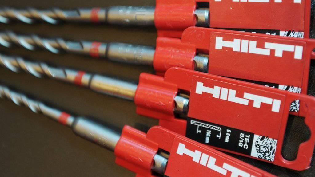Bohraufsätze von Hilti, der Hersteller der bekannten Bohrmaschinen in den roten Koffern, hat 2015 weniger Gewinn erzielt. (Archiv)