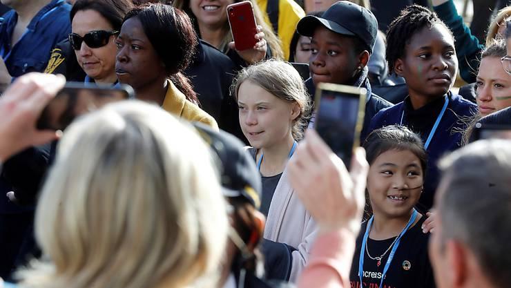 Greta Thunberg bei der Ankunft am Freitag in Madrid.