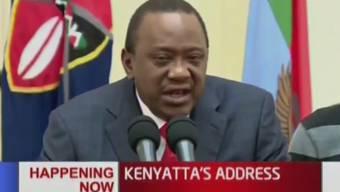 Not amused: Präsident Kenyatta - Sieger der nachträglich anullierten Wahlen - droht der Justiz mit Konsequenzen.