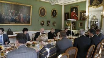 Bundesräte, Parteichefs und Fraktionschefs im Von-Wattenwyl-Haus