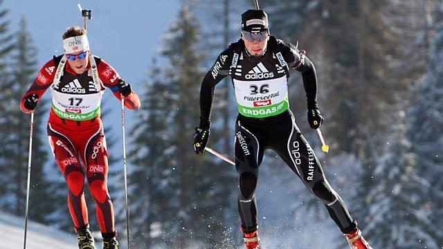 Benjamin Weger lief im Sprint mit 1 Schiessfehler auf Rang 27.