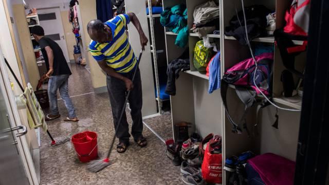 Asylbewerber aus Eritrea in einer Asylunterkunft. (Themenbild)