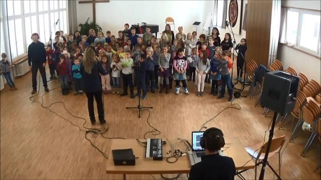 Kinder singen mit Christian Schenker