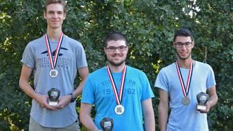 Das Podest in der Altersklasse U21 (v.l.): Joshua Stutz (2.), Sieger Luca Colombi und der drittklassierte Daniel Madoery.