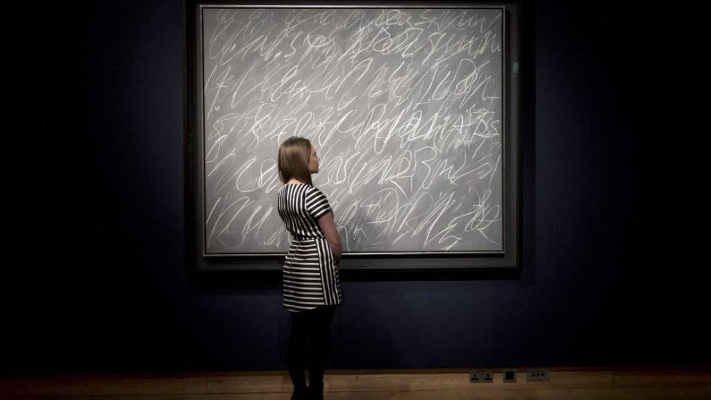 Ein Bild wie dieses von Cy Twombly soll über 60 Millionen Dollar bringen (Archiv)