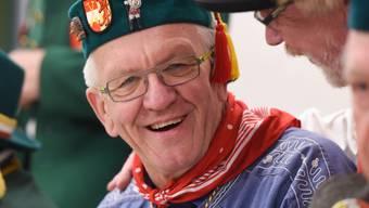 Der baden-württembergische Ministerpräsident Winfried Kretschmann erhält im Januar 2018 den Aachener Orden wider den tierischen Ernst. (Archiv)
