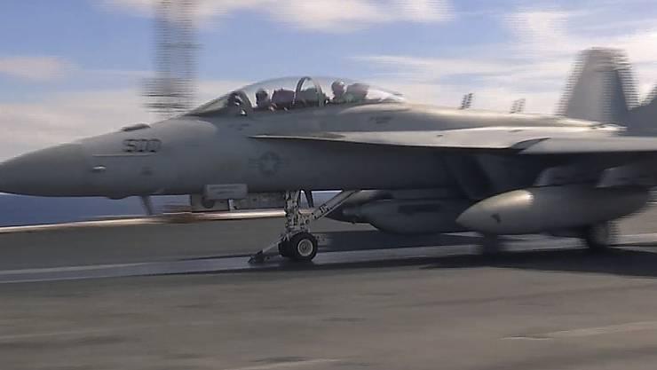 Vor der japanischen Küste sind zwei US-Militärflugzeuge zusammengestossen. (Symbolbild)