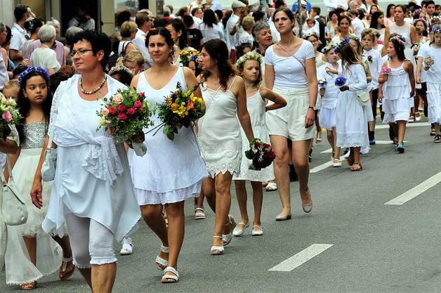 Der Maienzug-Brauch wird seit 400 Jahren gefeiert und ist ein Kinder- und Jugendfest.