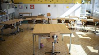Damit Kinder nicht von ihren Grosseltern betreut werden, sollen Grundschulen Betreuungsangebote anbieten. (Symbolbild)