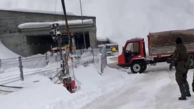 Davos: Lawinensprengung überrascht Soldaten